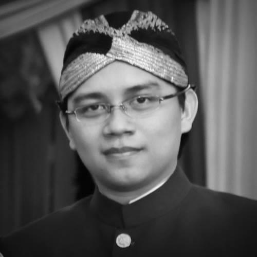 Berliyanto, M.TI